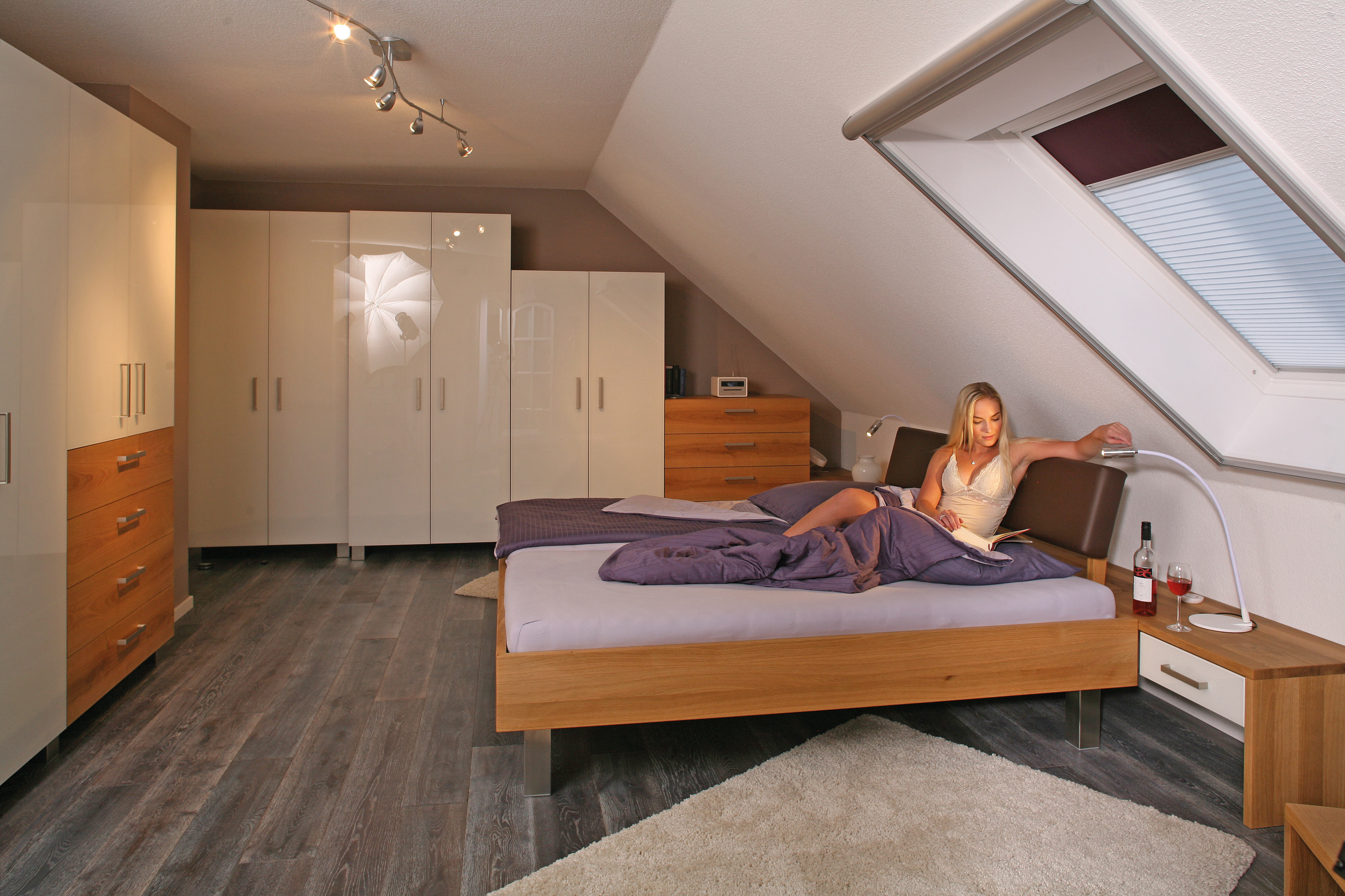 Massivholzk chen massivholzm bel und alle produkte der m belmacher aus dem holz der hersbrucker - Wohnzimmer kompletteinrichtung ...