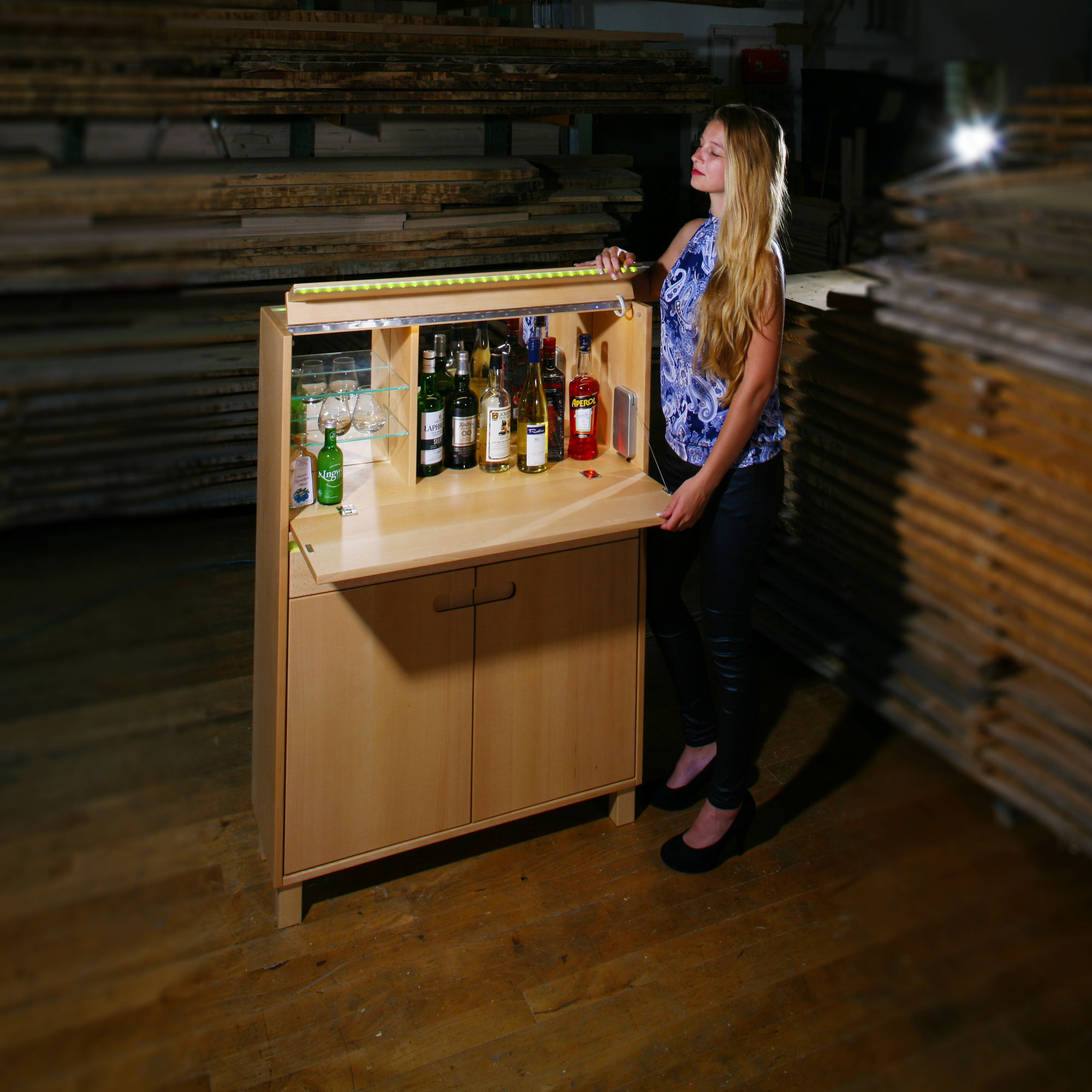 Inspiration für den Barschrank oder auch Geschirrschränke mit Fotos ...