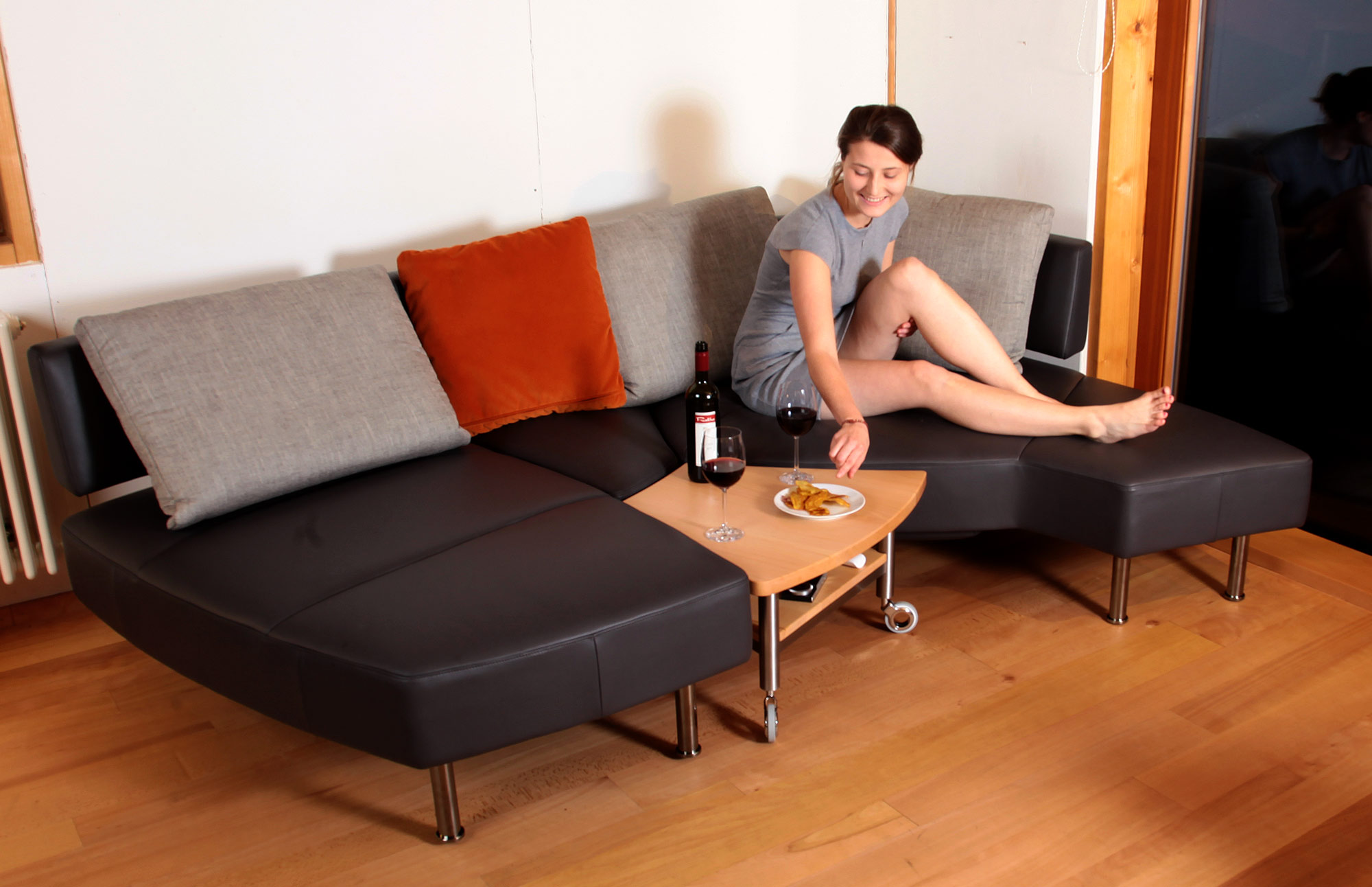 Sofas und Sessel von Jori im Sonderangebot: Die Möbelmacher