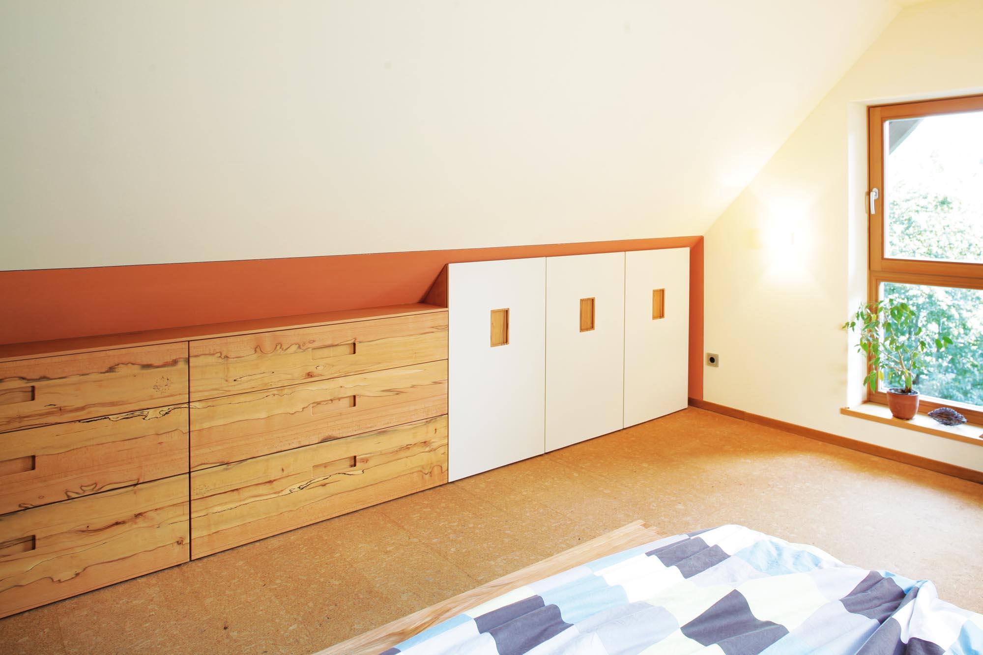 Schlafzimmer aus buche eiche nussbaum oder glas von den - Schlafzimmer stefan ...