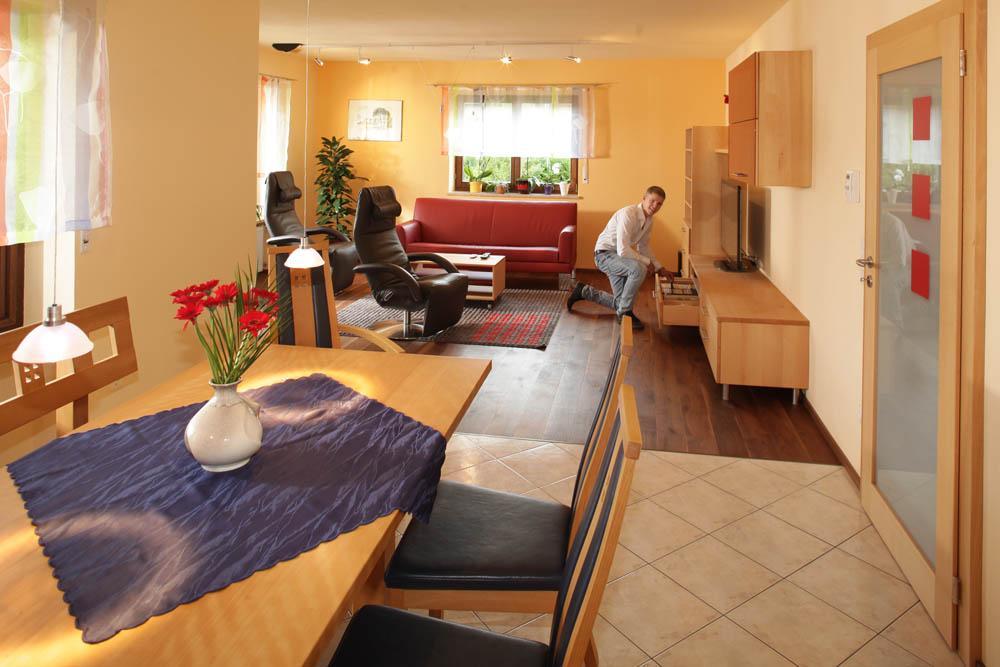 Massivholz-Wohnzimmer aus Buche von den Möbelmachern aus ...