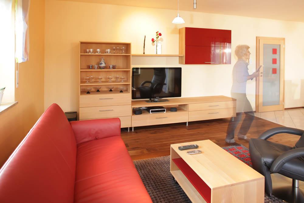 Wohnzimmer Und Essplatz Aus Massivholz   Aus Was Denn Sonst?