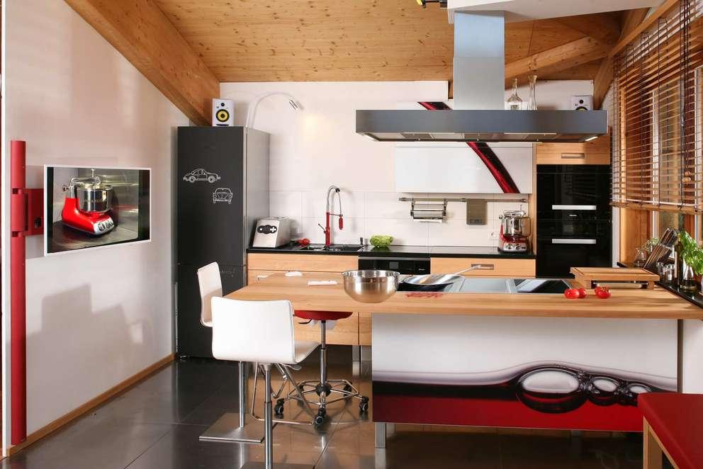 Die grüne Küche aus Kirschbaum Massivholz aus Franken: Die Möbelmacher
