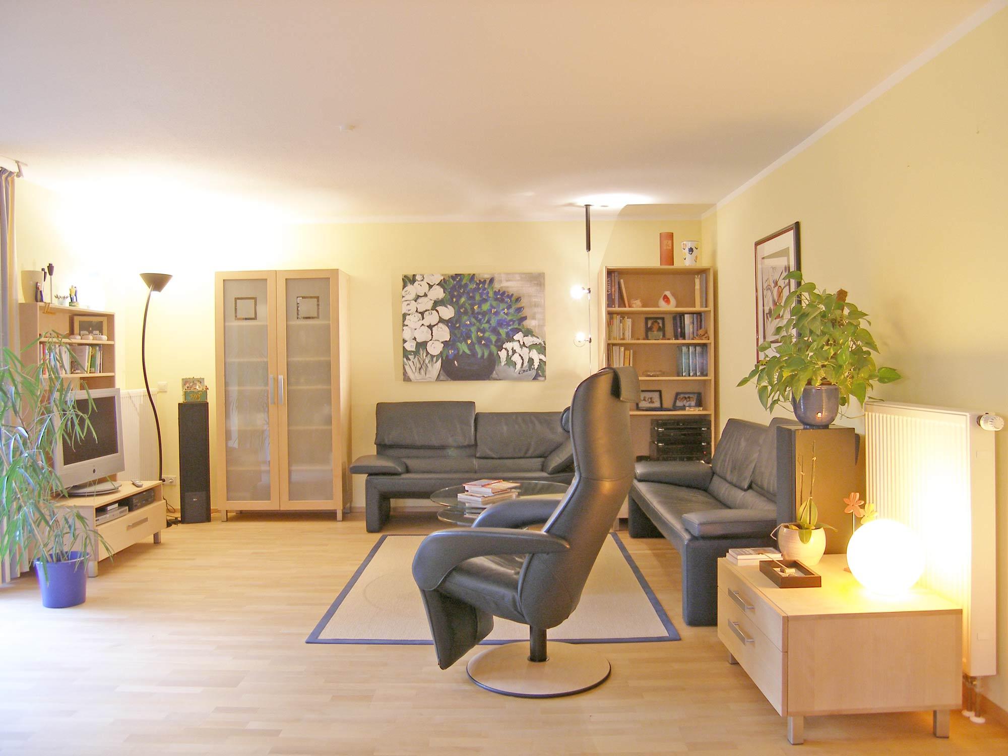 Wohnzimmer aus Massivholz: Die Möbelmacher
